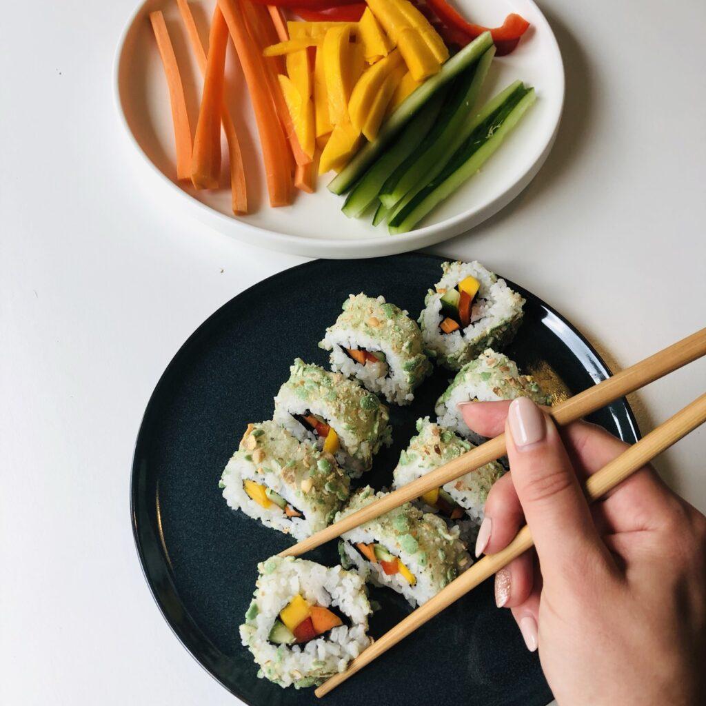 fertiges Rainbow Sushi